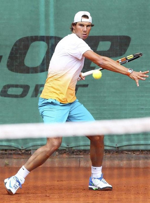 PHOTOS: Rafael Nadal's practice at Bet-at-Home Open in ...